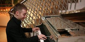 wedding pianist lee mathews